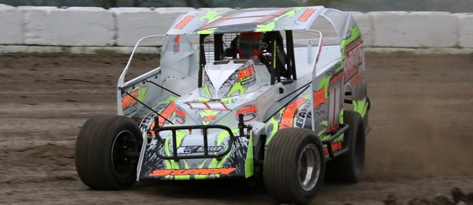 King of Dirt Racing Crate Modified Series Opens at Devil's